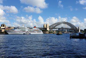 Auch der Besuch von Weltstädten wie Sydney und Hongkong spiegelt die Vielfältigkeit dieser Weltumrundung wider. Foto: Hapag Lloyd